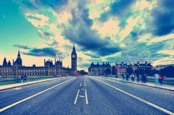 Reino Unido: Becas para Pregrado en Idiomas BPP University