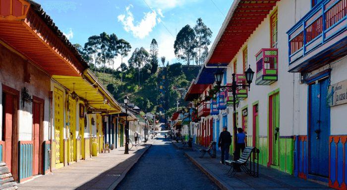 Colombia: Beca Maestría en Diversas Áreas ICETEX