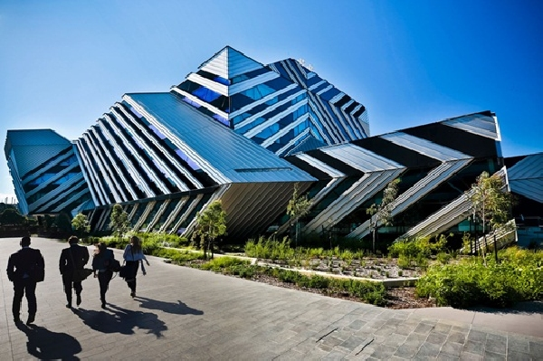 Australia: Becas para Pregrado y Postgrado en Varios Temas  Monash University