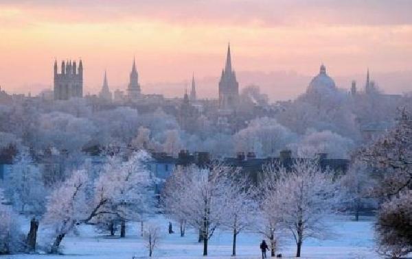 Reino Unido: Becas para Maestría en Varios Temas Santander/Oxford Brookes University