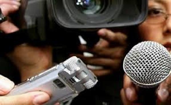 España: Becas para Maestría en Periodismo Deportivo Escuela U. Editorial
