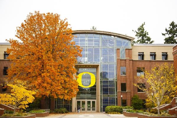 Estados Unidos: Becas para Pregrado en Varios Temas University of Oregon