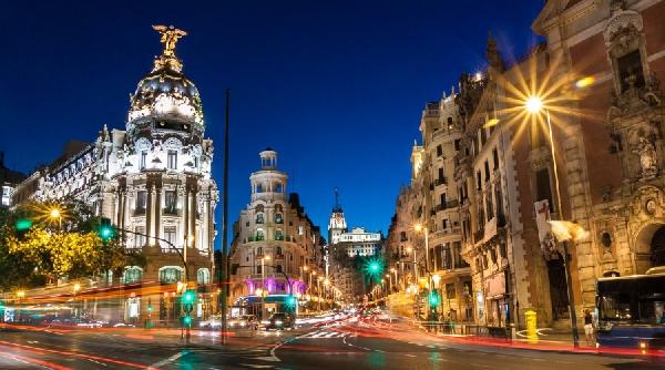 España: Becas para Maestría en Asesoría Fiscal Instituto Superior de Derecho y Economía