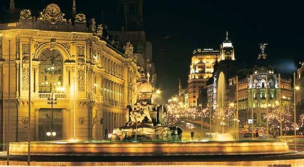 España: Becas para Maestría en Derecho Bancario e Instituciones Financieras CUNEF