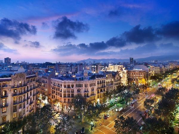 España: Becas para Maestría en Administración y Negocios EADA Business School