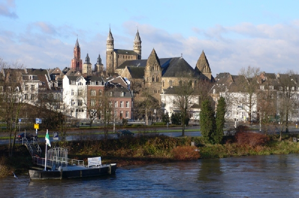 Holanda: Becas para Pregrado en Artes y Ciencias Liberales University College Maastricht