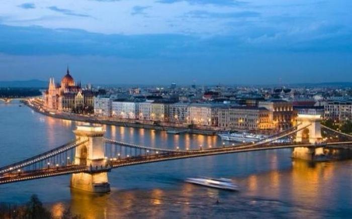 Europa: Beca Maestría  Diversas Áreas  EPS Vaclav Havel