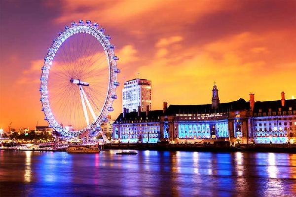 Reino Unido: Becas para Postgrado en Diversos Temas University of the Arts London