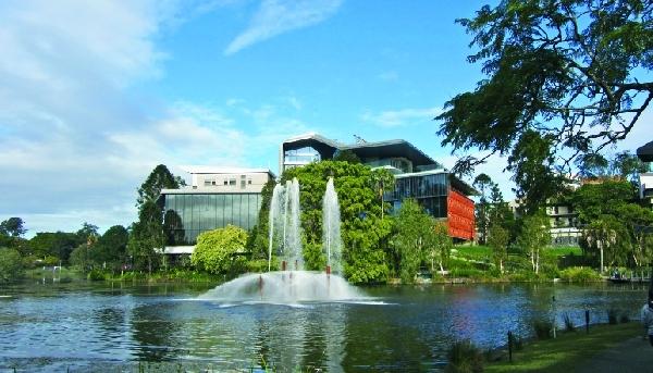 Australia: Becas para Pregrado en Ciencias University of Queensland