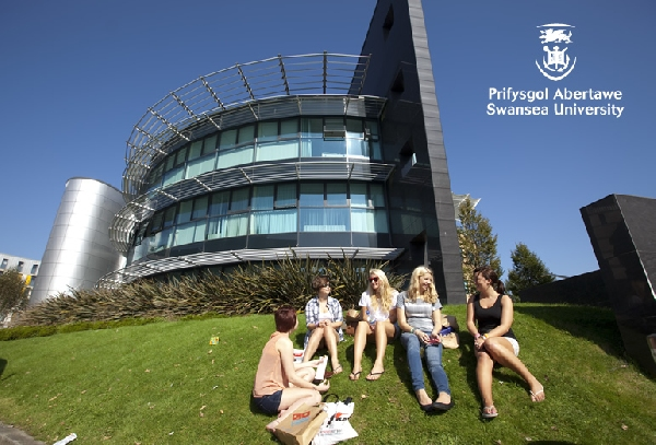 Reino Unido: Becas para Doctorado en Economía y Negocios Swansea University