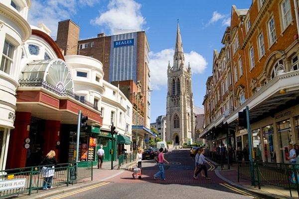Reino Unido: Becas para Máster en Ciencias y Tecnología Bournemouth University