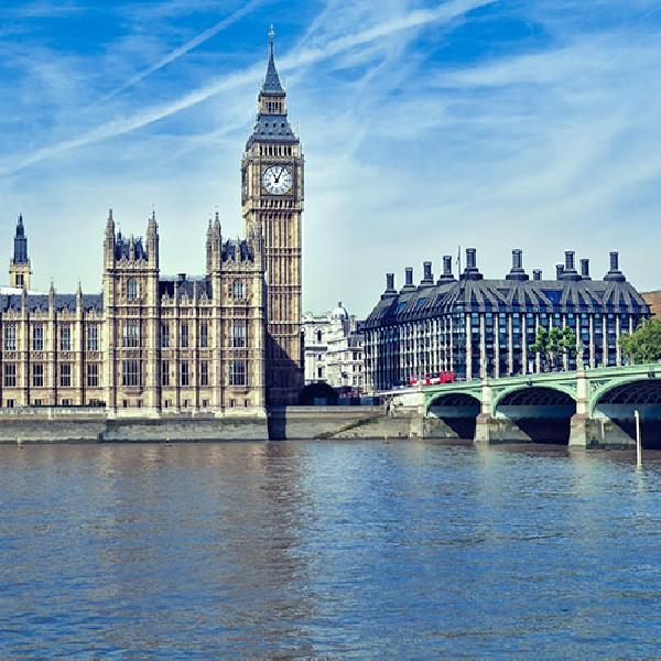 Reino Unido: Becas para Maestría en Economía y Ciencias Políticas LSE