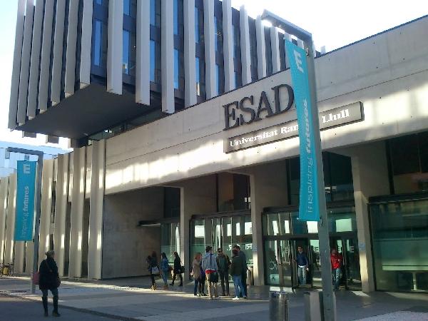 España: Becas para Maestría en Administración y Negocios  ESADE Business School