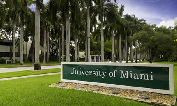 Estados Unidos: Beca  Pregrado Diversas Áreas  Universidad Miami