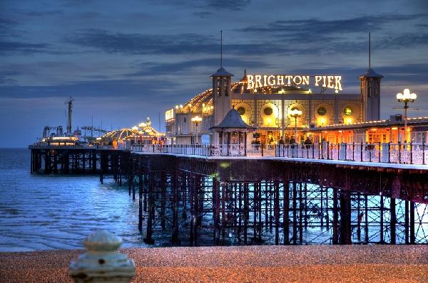 Reino Unido: Becas para Pregrado en Varios Temas University of Brighton