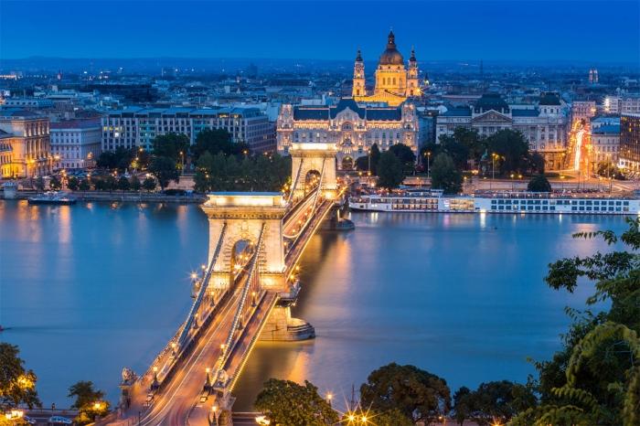 Hungría: Beca Maestría y Doctorado  en Diversas Áreas Universidad de Europa Central
