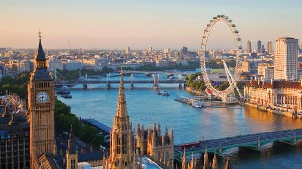Reino Unido: Becas para Pregrado en Diversos Temas University of West London