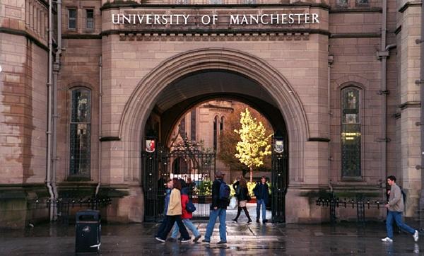Reino Unido: Becas para Pregrado en Economía y Finanzas Manchester University