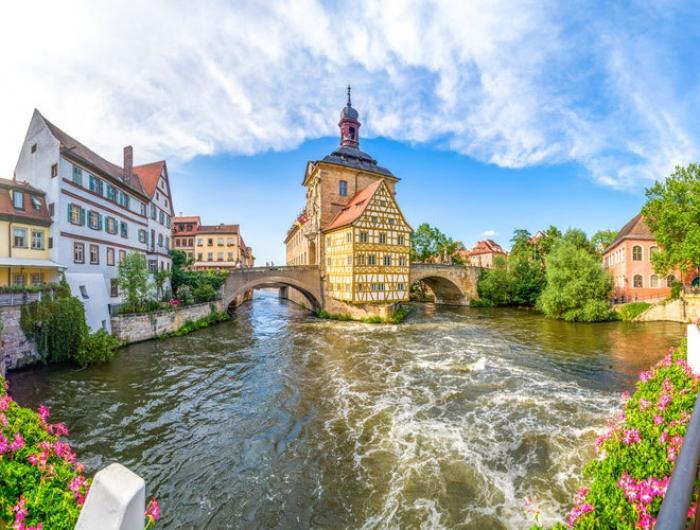 Alemania: Beca Maestría en Medios Internacionales Deutsche Welle