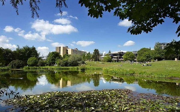 Reino Unido: Becas para Postgrado en Diversos Temas University of Bath
