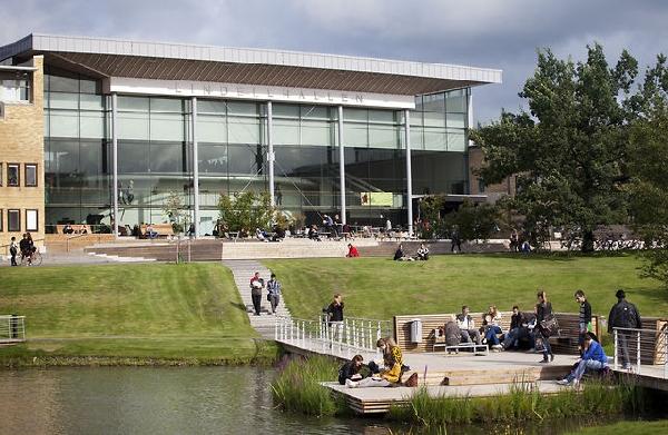 Suecia: Becas para Maestría en Varios Temas Umea University