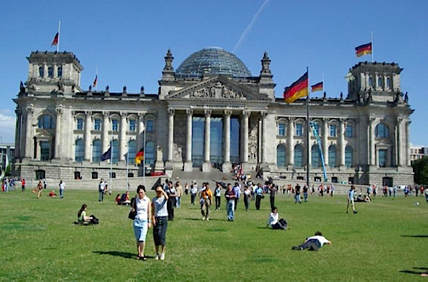 Alemania: Becas para Doctorado en Astrofísica The International Max Planck Research School