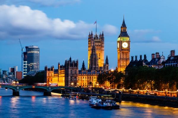 Reino Unido: Becas para Pregrado en Economía y Finanzas BPP University