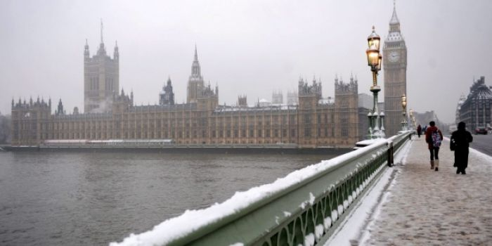 Reino Unido: Beca Doctorado en Diversas Áreas  Universidad de Queen