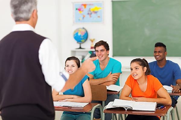 Becas OEA-CREFAL para Maestrías en Educación (en línea)