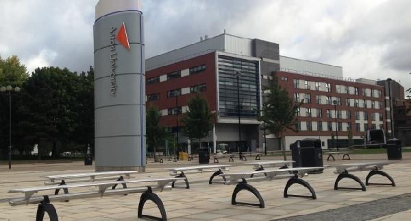 Reino Unido: Becas para Maestría en Varios Temas Aston University/Santander