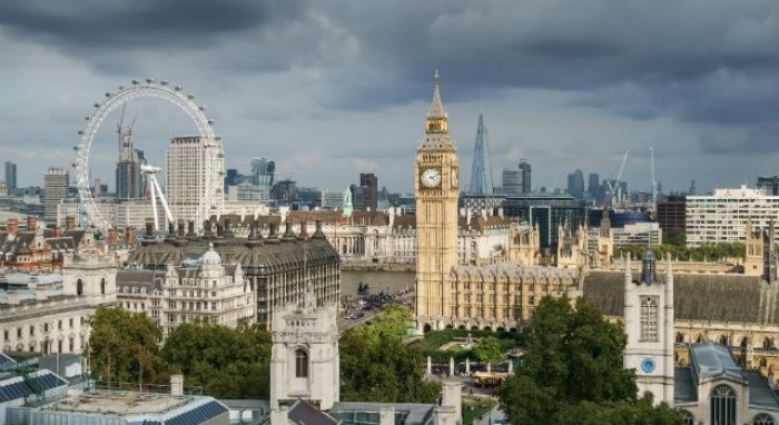 Reino Unido: Beca Pregrado en Ingeniería y Ciencias Físicas Universidad de Surrey