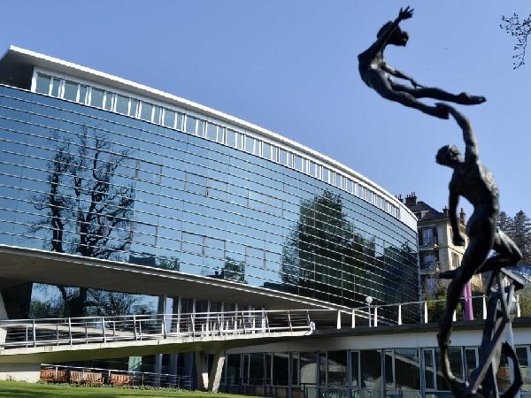 Suiza: Becas para Maestría en Administración y Negocios  IMD/Nestlé