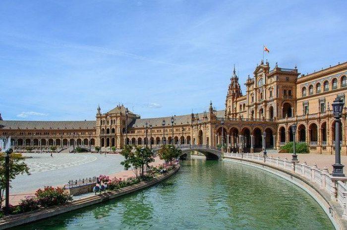España: Beca Maestría en Ingeniería y Ciencias de la Vida IBEC