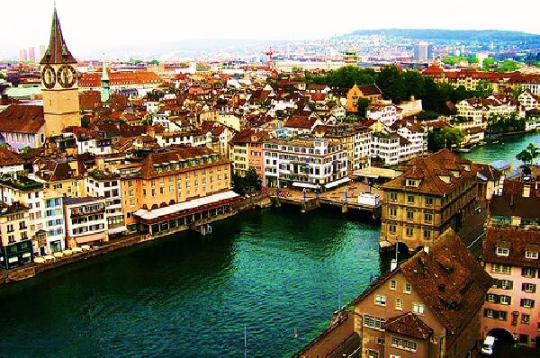 Suiza: Becas para Maestría en Arte y Cultura de Italia Università della Svizzera Italiana