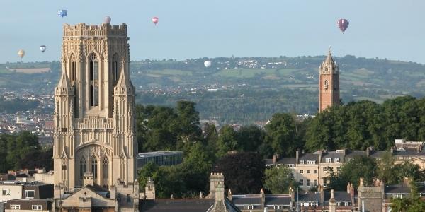Reino Unido: Becas para Doctorado en Ciencias Sociales y Derecho University of Bristol
