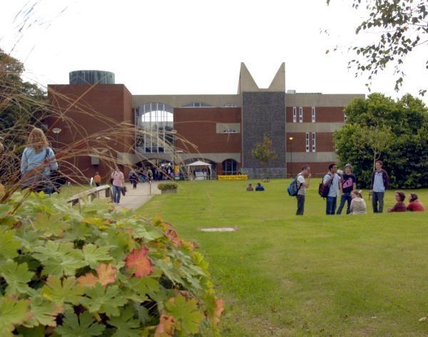 Reino Unido: Becas para Doctorado en Varios Temas University of Sussex