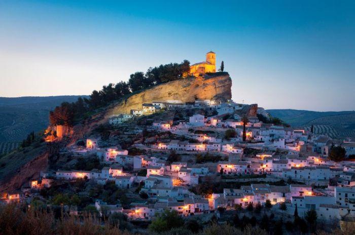 España: Beca Pregrado en Administración de Empresas y Derecho ESADE