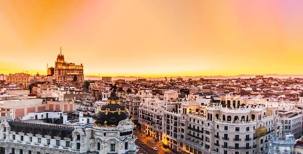 España: Becas para Maestría en Proyectos Cinematográficos AECID/Fundación Carolina