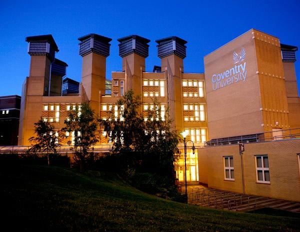 Reino Unido: Becas para Pregrado y Postgrado en Salud y Ciencias Coventry University