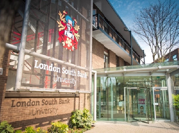 Reino Unido: Becas para Postgrado en Varios Temas London South Bank University