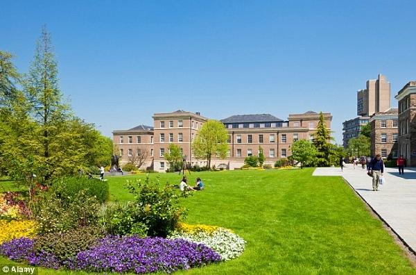 Reino Unido: Becas para Pregrado en Varios Temas University of Leicester