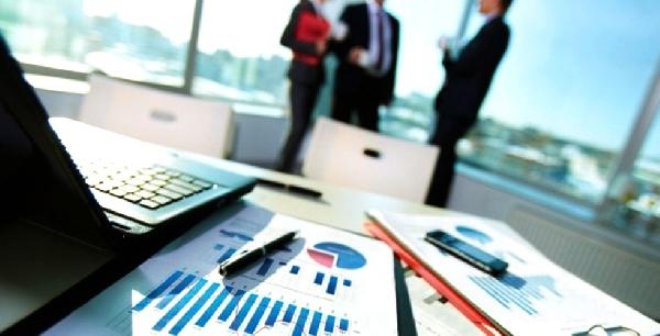Online: Becas para Maestría en Administración y Dirección de Empresas OEA/UNIR