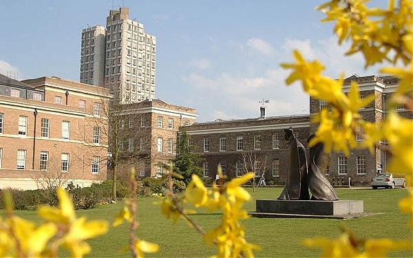 Reino Unido: Becas para Maestría en Varios Temas University of Leicester
