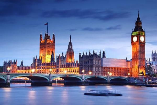 Reino Unido: Becas para Maestría en Varios Temas University of Bolton