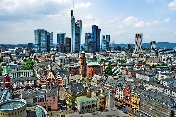 Alemania: Becas para Pregrado y Postgrado en Varios Temas Frankfurt School