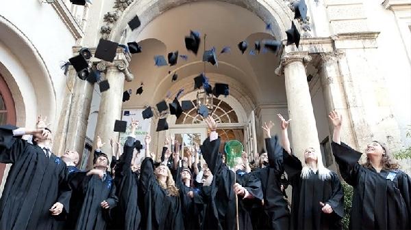 Alemania: Becas para Maestría en Diversos Temas Universidad Macromedia