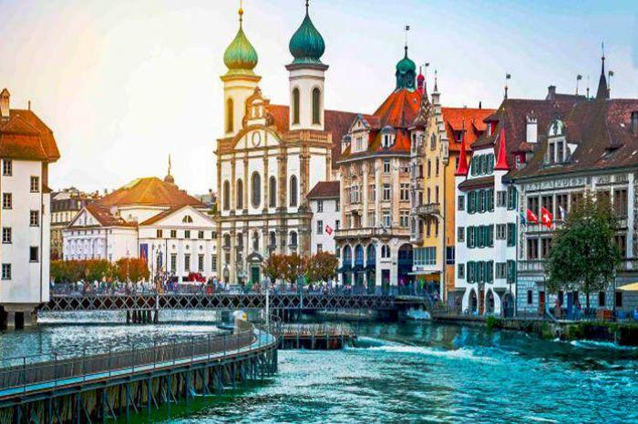 Suiza: Beca Pregrado en Diversas Áreas  University en Ginebra