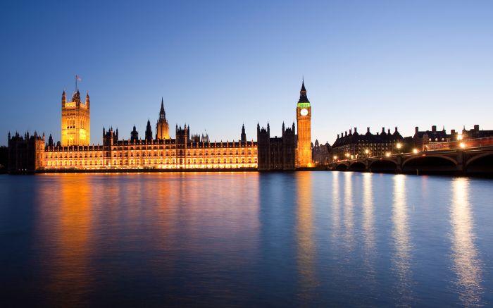 Reino Unido: Beca Pregrado en Economía y Finanzas Universidad Queen Mary