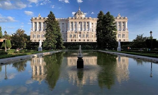 España: Becas para Maestría en Banca y Finanzas CIFF Business School