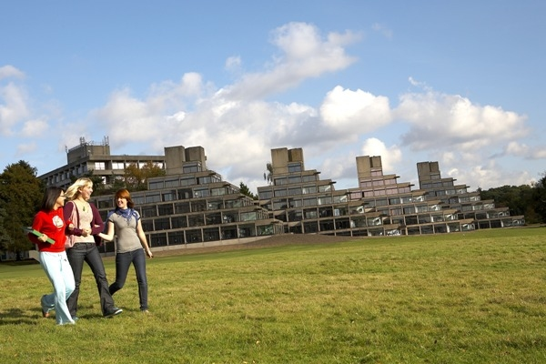 Reino Unido: Becas Para Pregrado en Varios Temas University of East Anglia